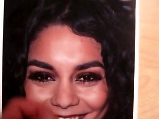 Vanessa hudgens webcam nude for the