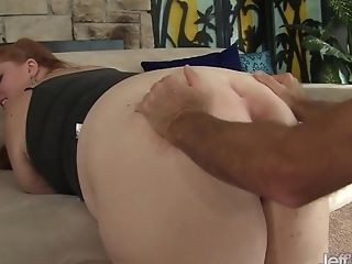 Sandy-haired Bbw Julie Ann More Gets Her Feet Worshiped And Cooter Spread