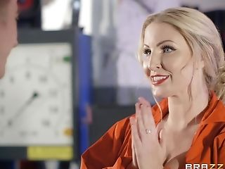 Chesty Mechanic Georgie Lyall Makes Love With Customer