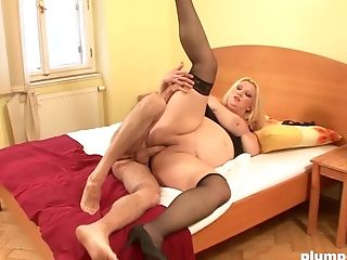Blonde Fatty Spreads Her Gams To Receive A Pulsating Spunk Gun
