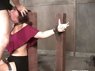 Brutal Fingerfuck Is What Enslaved Syren De Mer Is Worth From Domineering Stud