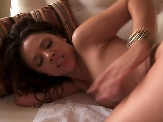 Petite Asian Gets Her Taut Crevasse Opened Up By Thick Dick
