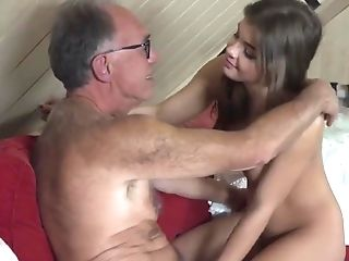 Skinny petite young bitch vs huge dildo 9