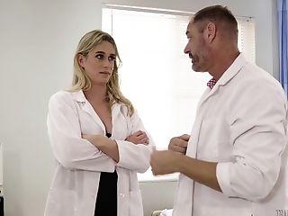 He Gets Taken Care Of By Bombshell Nurse D. Arclyte