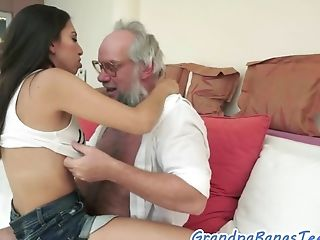 Bigtit Nubile Dickriding Oldman In Cowgirl