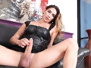 Adriana Rodrigues, Scene #01