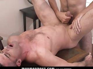 Huge sexy boobies