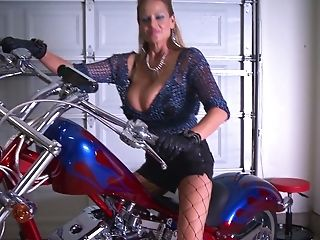 Kelly Madison Cannot Fight Back A Biker's Massive Contraption