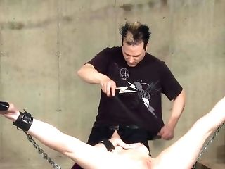 Deep Mouth And Fuckbox Onanism For A Subordinated Punk Nubile
