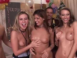 Nice Veronica Clinton And Her Friends Have Fun With Dicks At The Soiree