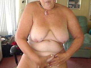 Masturbating Big Titty Granny Rock 'n Roll
