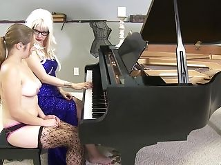 Blonde Mistress Wants To Penalize Her Ultra-kinky Friend With Different Playthings