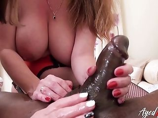 Matures Ladies Captured Utter Maneuverability While Luving Hard-core Drilling
