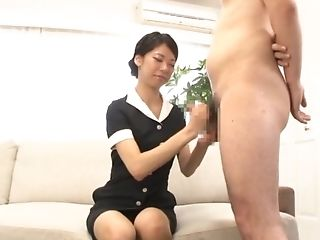 Cheerfil Lady Sakurai Mika Sucking A Fat And Hard Stranger's Penis
