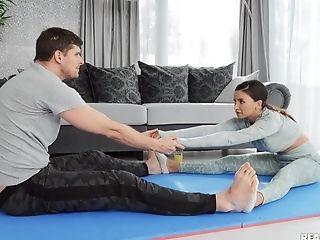 Nasty Yoga Lesson Turns Into Hard Hookup