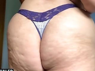 Close Up Switching Undies