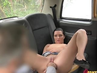 Pixiee Little Licks Lengthy Shaft And Scrotum Of The Cab Driver