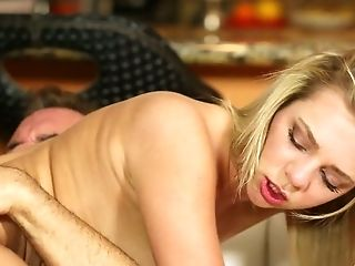 Tiffany Watson Is Fucking Her Hookup Mate In A Hypnotizing Style