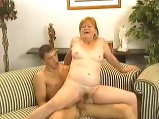 121.#granny #grand-ma #matures #cougar