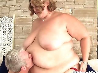 Ssbbw Stunner Bj's Before Getting Doggystyled