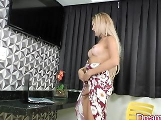 Tgirl Bella Atrix Wanks Her Hard Manhood