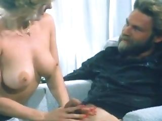 Lewd Fixation Bitch Chooses Nothing But Supah Voluptuous Pussy Eating