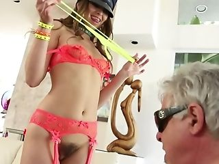 Ming Gargling Stunner Is Doing A Lap Dance For Wild Old Man