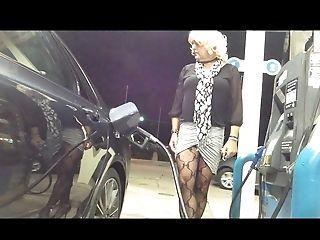 Fresh Long-legged Micro-skirt Gas Station Flashing