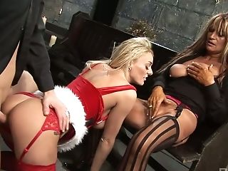 Big Tittied Bitch Antonia Deona Takes Part In Supah Crazy Orgy