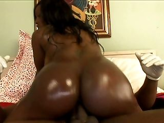 Voluptuous Dark-hued Princess Jada Fire Rails Hard On A Big Black Cock