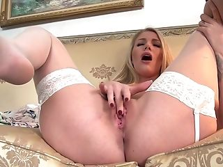 Torrid Cougar In Sexy Summer Sundress Danielle Maye Masturbates Moist Coochie