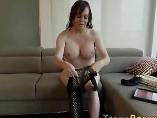 Adorable And Chesty Transsexual Wendy Williams Solo Plays
