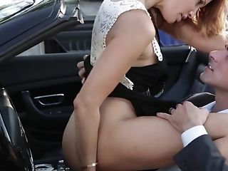 Sultry Mummy Rails Paramour's Dick In His Cabriolet