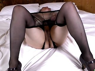 Latina Matures Solo Masturbating