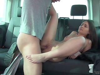 Brown-haired Teenager Honey Anina Gets Her Mouth Packed With Jizz In A Car