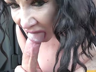 Sultry Stunner Nicole Dupapillon Mind Deep Throating Romp In Faux Cab