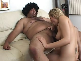 Blonde Whore Gwen Diamond Gives A Boob Banging And A Bj To A Fat Dude