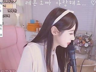韩国bj女主播19禁 纯情小骚妹卖力自慰诱惑第三季